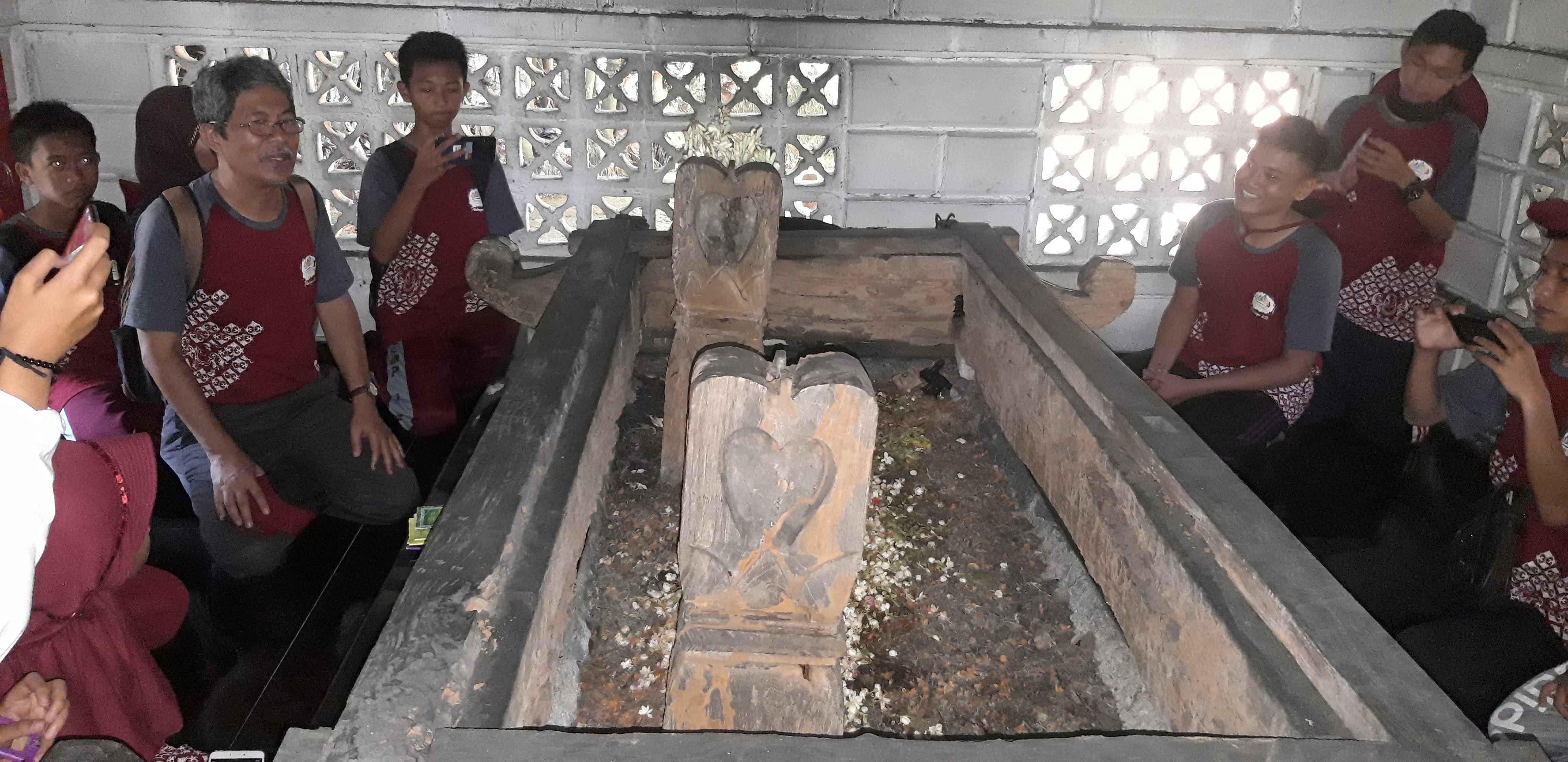 Makam Syeh Siti Jenar